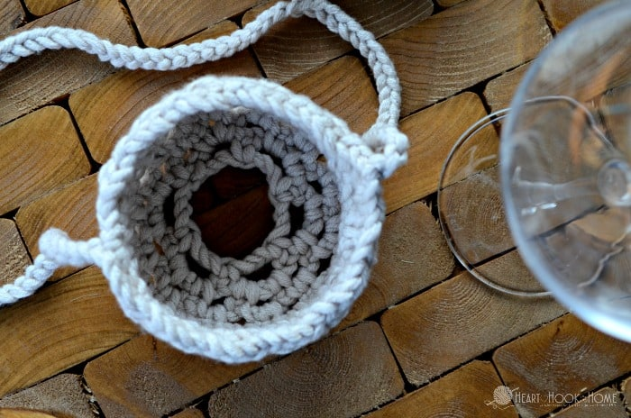 Wine Glass Lanyard Crochet pattern