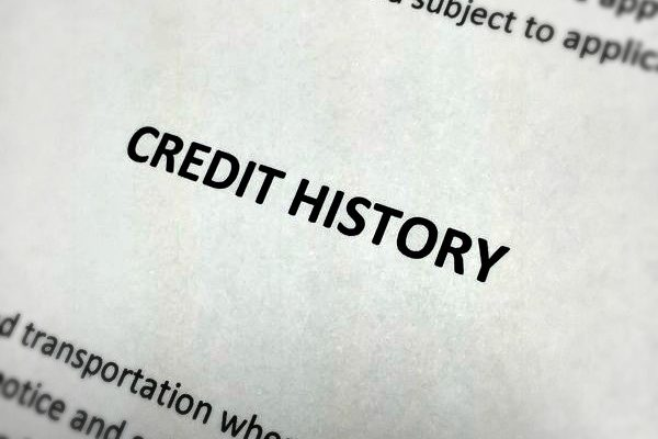 Get Credit Quick: 5 Do's and Don'ts to Boosting Your Credit Score