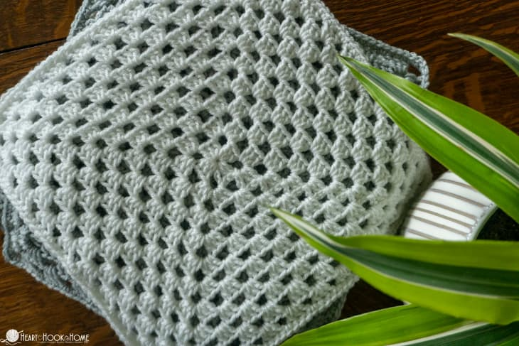 Classic Granny Square afghan pattern