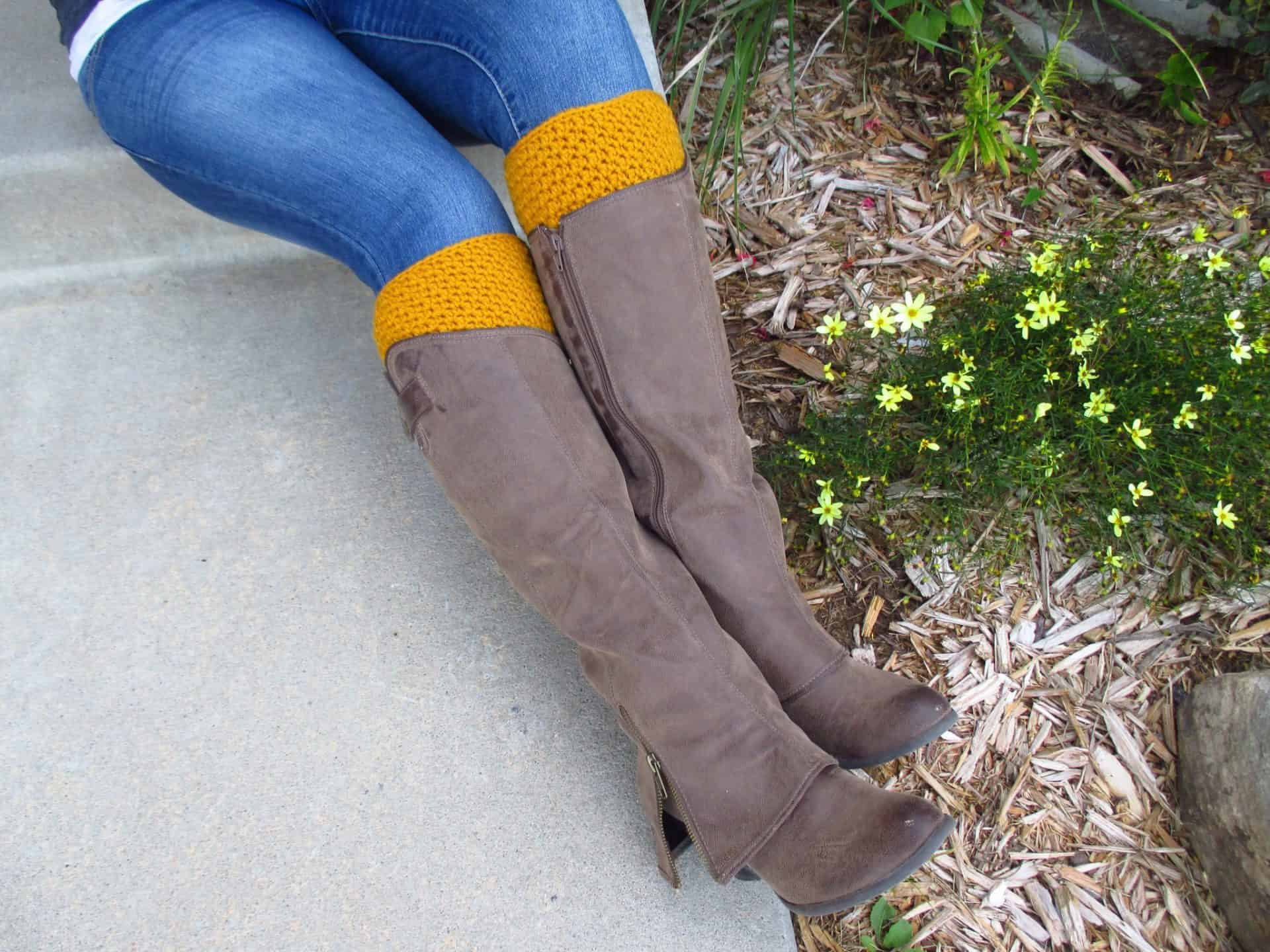Reversible Boot Cuffs - A Free Crochet Pattern