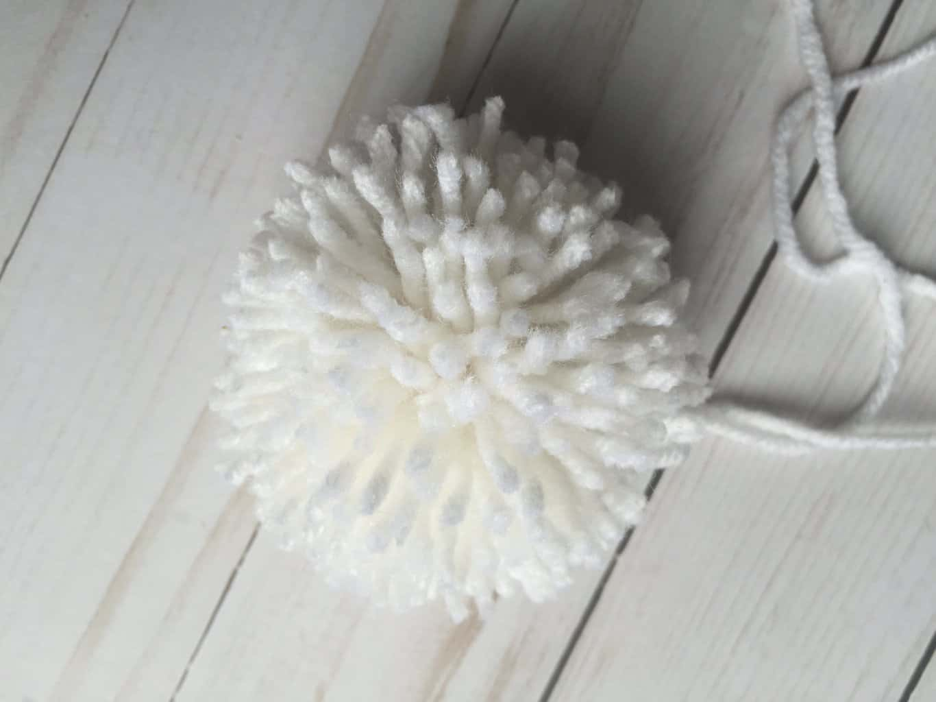 Different Methods of Making Pom Poms