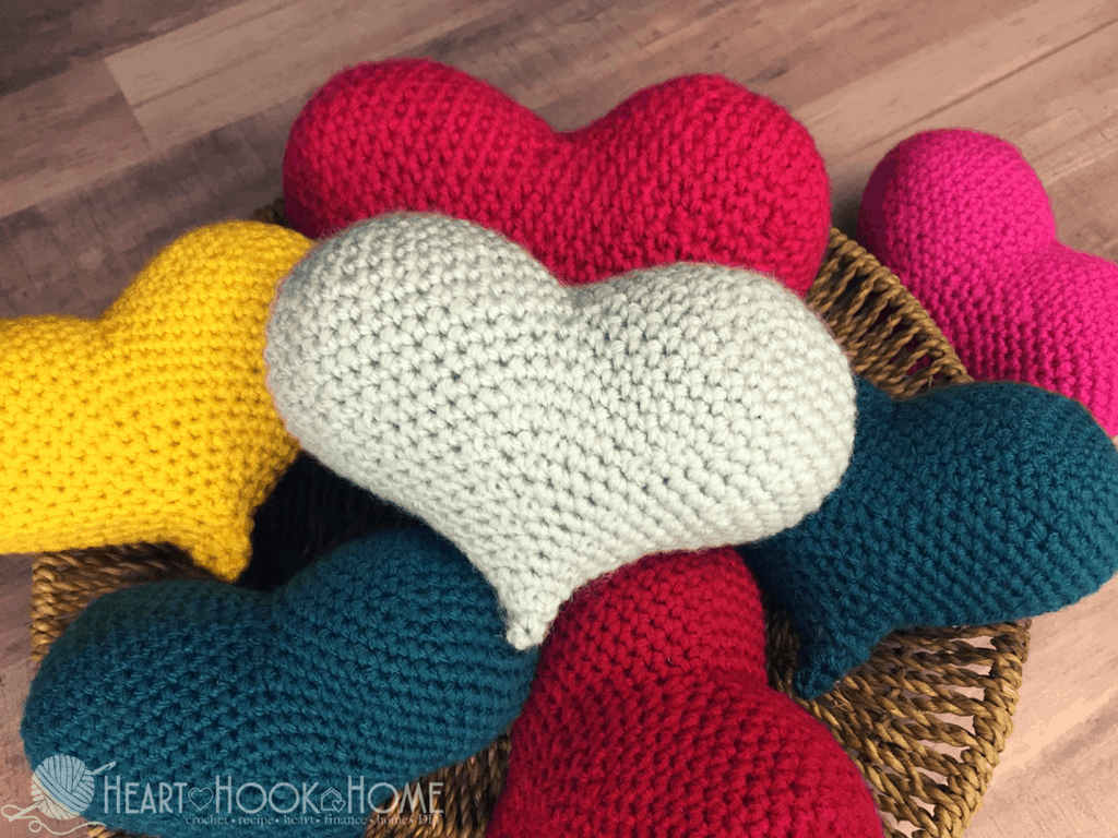 Amigurumi Heart Tutorial : Amigurumi Love Heart Crochet Pattern