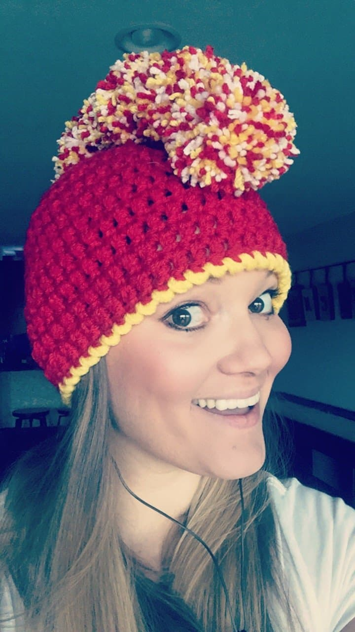 How to make the perfect crocheted mohawk beanie with pom poms how to make the perfect mohawk beanie using pom poms bankloansurffo Gallery