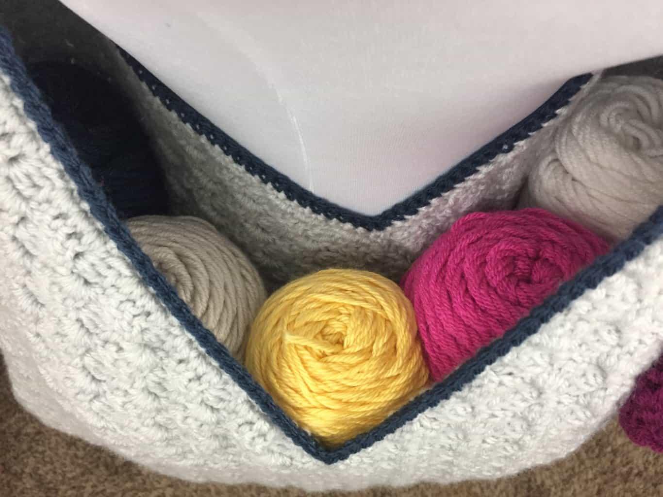 Crochet WIP Bag (Work In Progress) Using Corner to Corner
