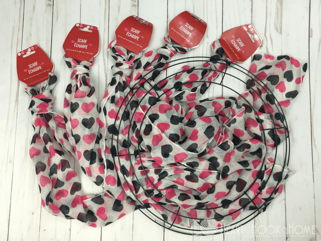Inexpensive & Easy Valentine\'s Day Wreath Using Items from Dollar Tree