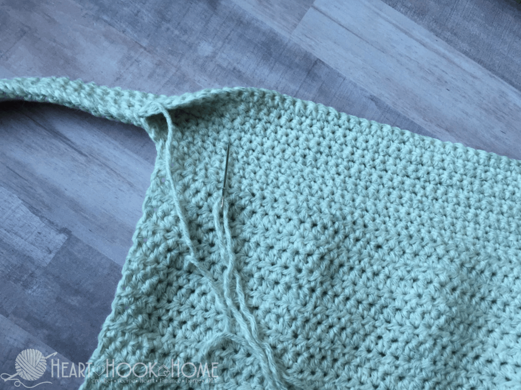 An Egg-cellent Apron: Free Crochet Pattern