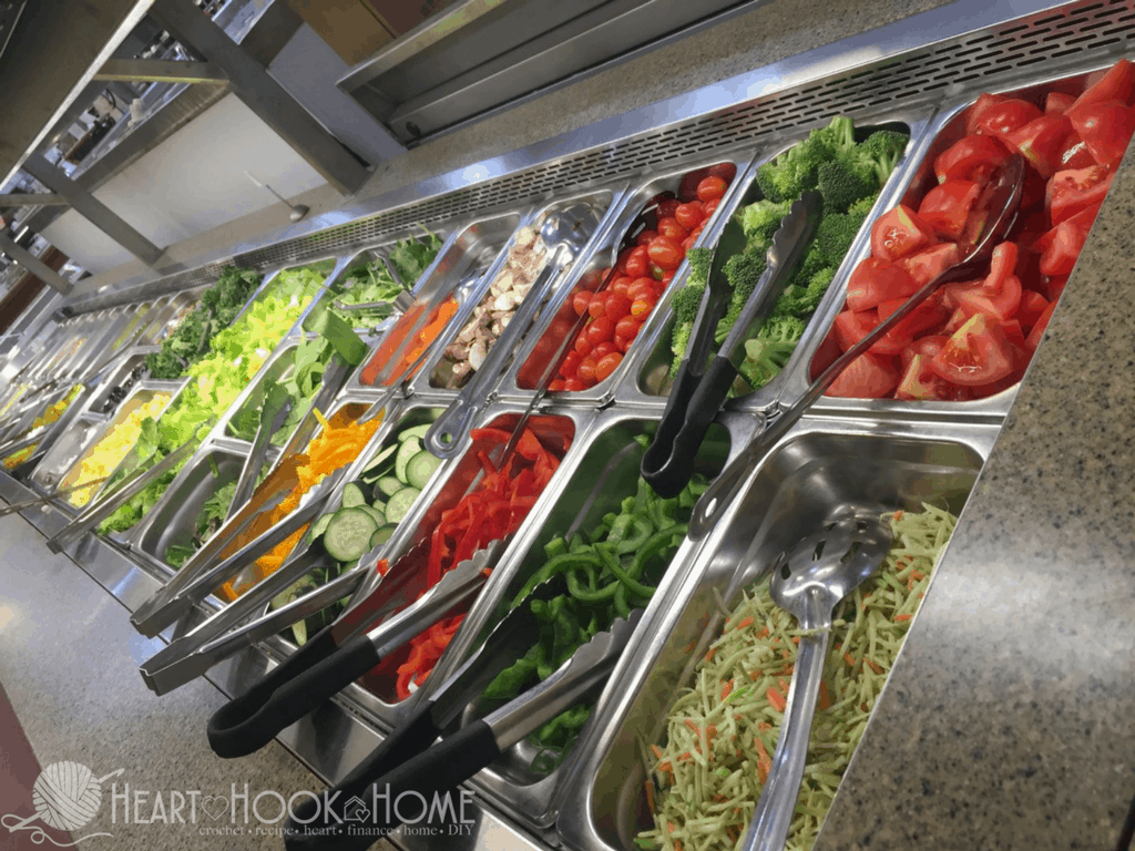 10 Things to Buy (and avoid) to Save Money at a Salad Bar Near You