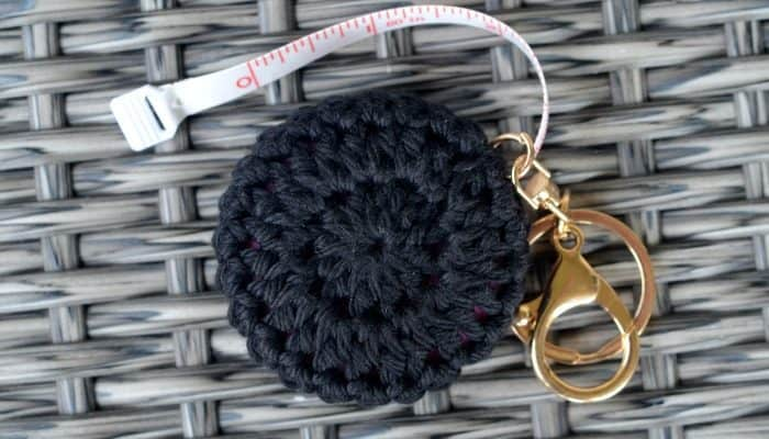 How to make a keychain holder for a retractable measuring tape