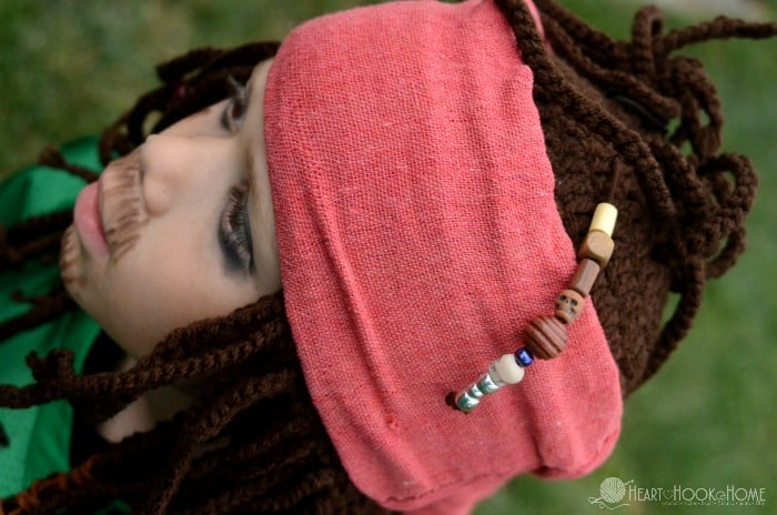 Captain Jack Sparrow Inspired hat for Halloween crochet pattern string of beads