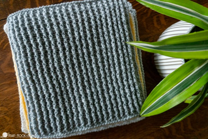 Front Post/Back Post crochet stitches