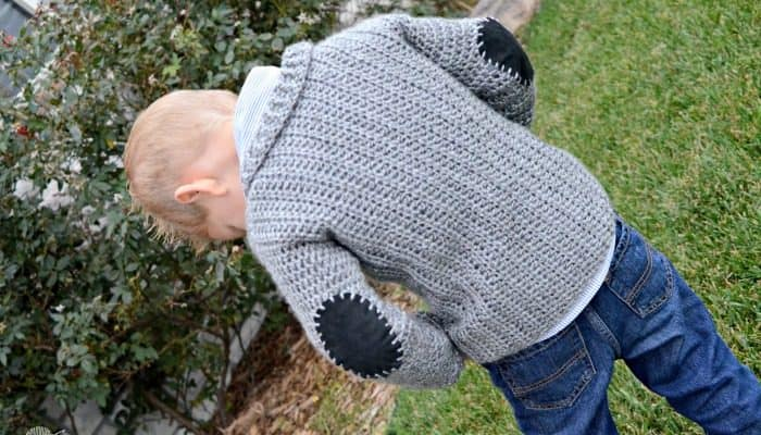 Adorable toddler size cardigan free crochet pattern