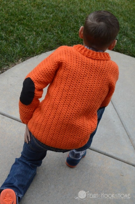 Elbow patches ont he kids cardigan free crochet pattern