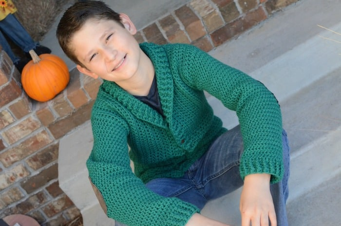 crochet 10/12 cardigan for boys