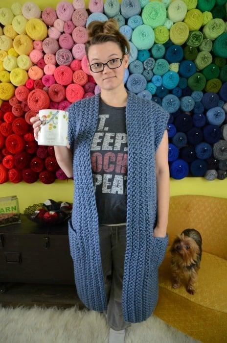 Sleeveless chunky crochet housecoat