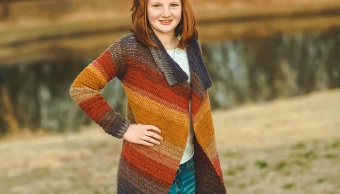 Child Size Blanket Cardigan – Free Crochet Pattern – Size 14/16