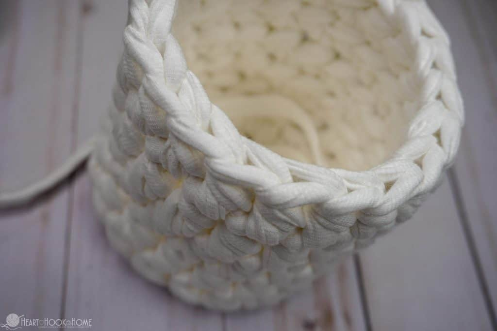 Hanging basket crocheted ready for flap