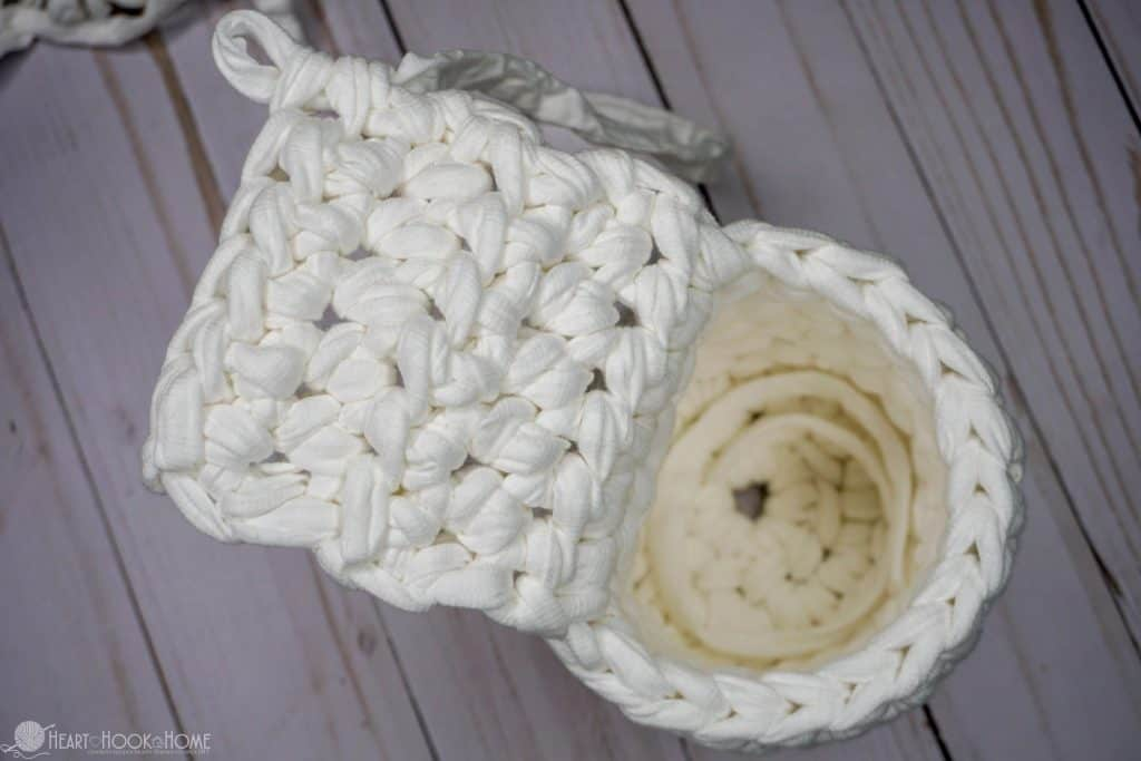 Crocheting hanging baskets for herb garden