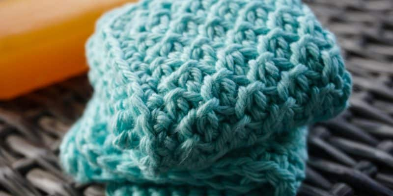 The Bee's Knees Face Cloth: Small Face Cloth Free Crochet Pattern