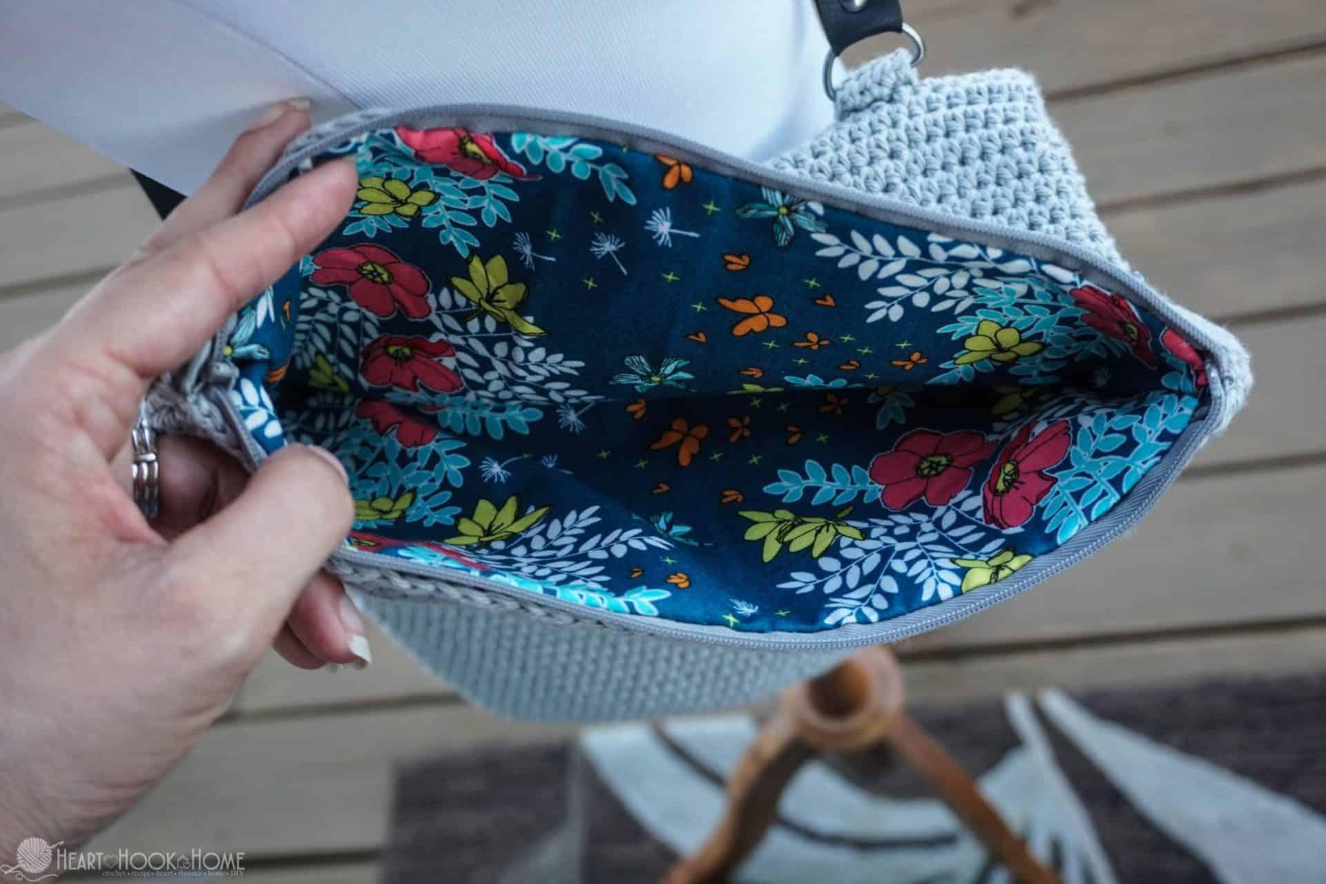 Easy Foldover Crossbody Bag Free Crochet Pattern