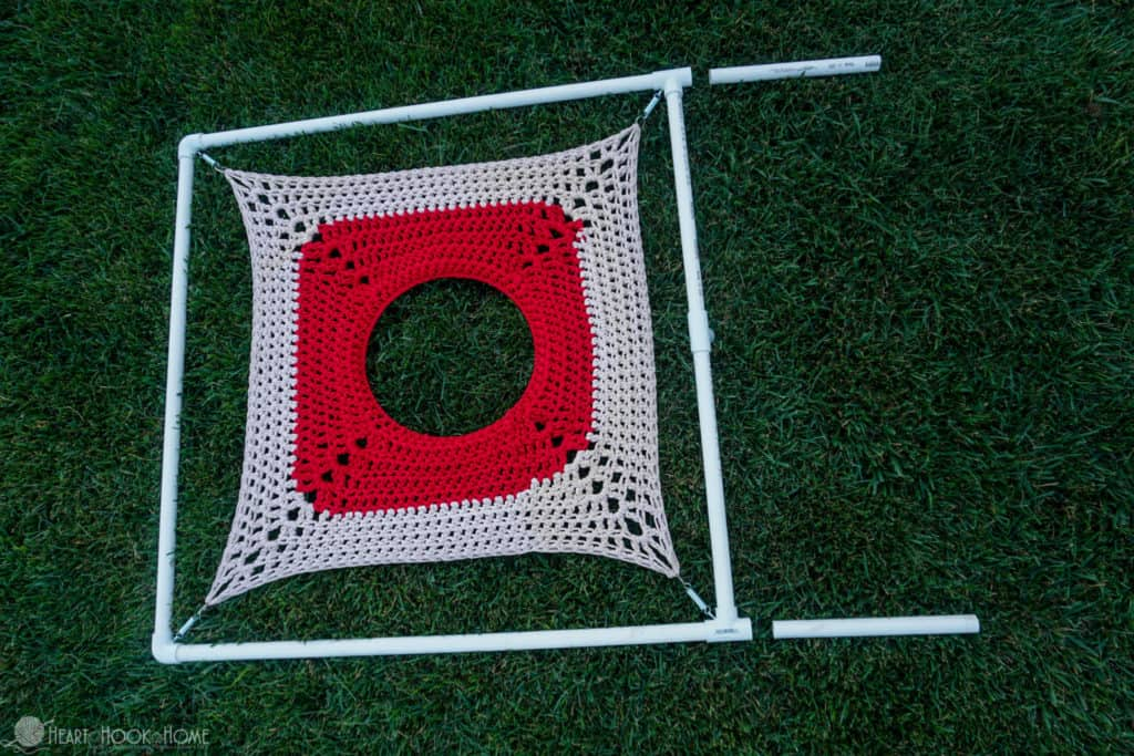 Making a target practice with crochet