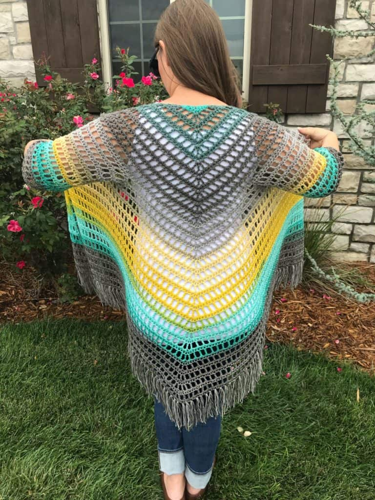 Crochet pattern for sleeved triangle shawl