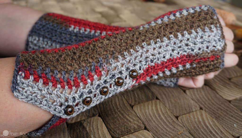 Sock Yarn Gloves: Free Crochet Pattern