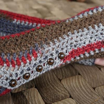 Sock Yarn Gloves: Free Crochet Pattern
