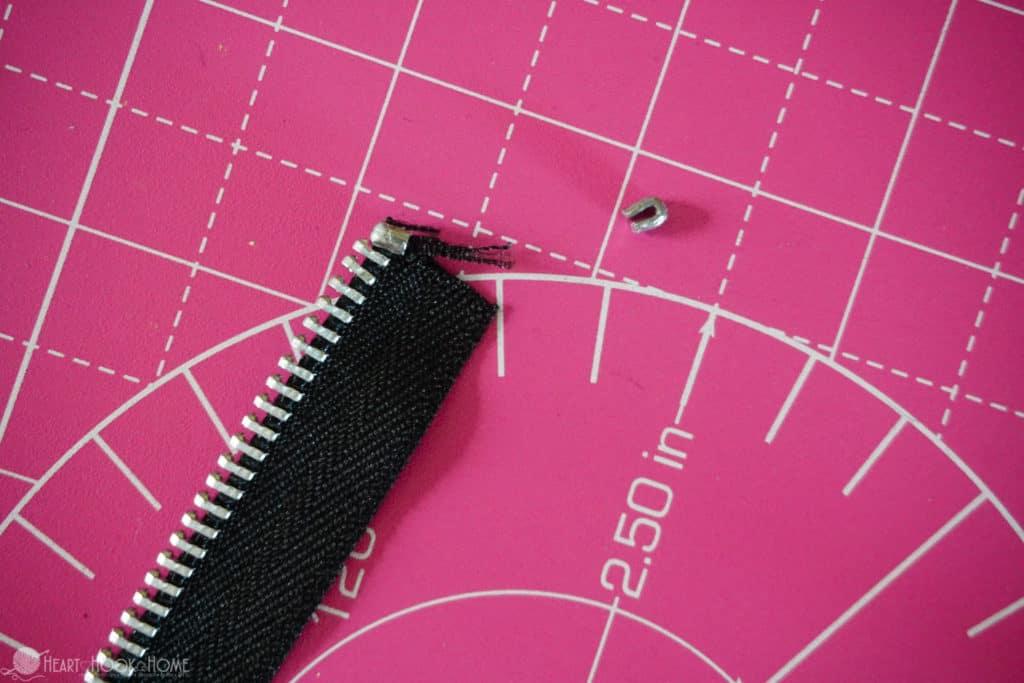 How to alter the length of a zipper