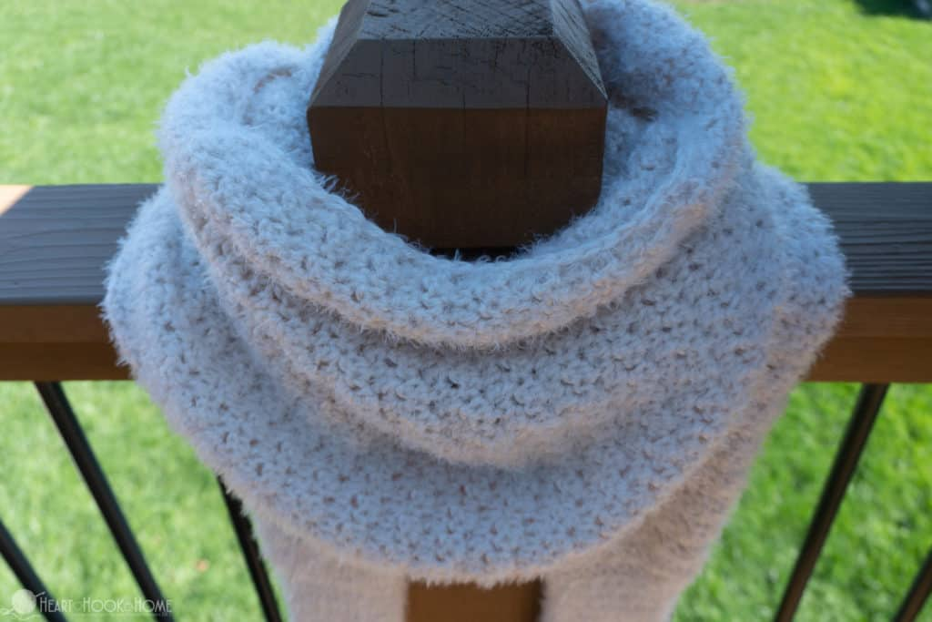 beautiful scarf with sleeves, a free crochet pattern