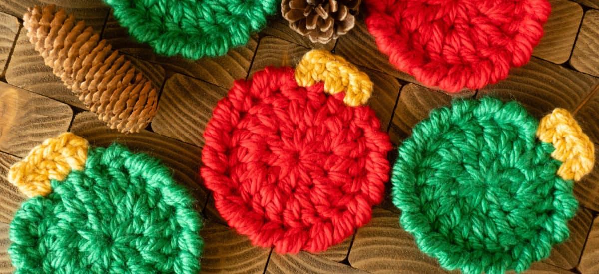 Christmas Ornament Coasters – Free Crochet Pattern