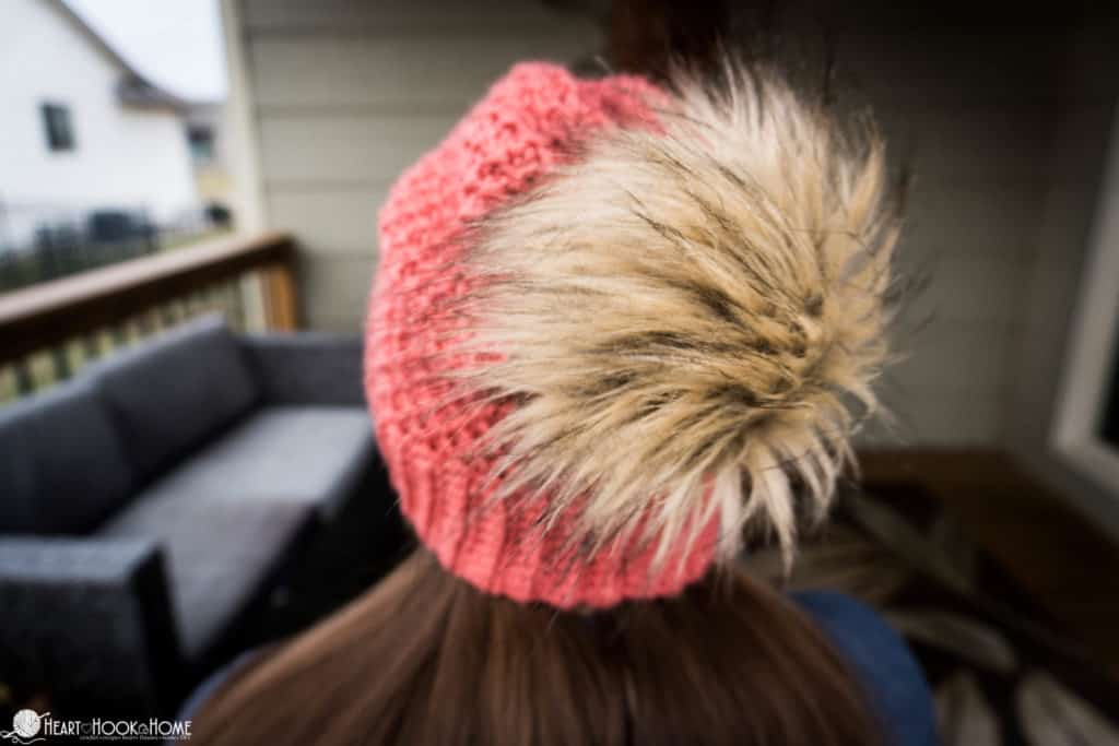 how to make fur pom pom