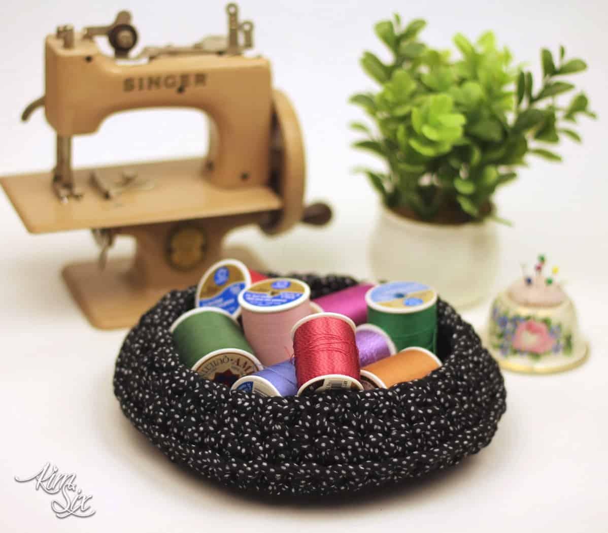 crocheting with t-shirt yarn