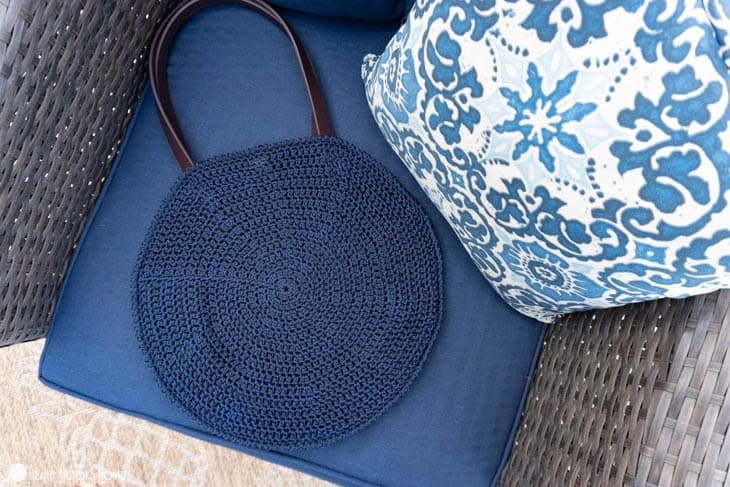 How to crochet a Circle Bag