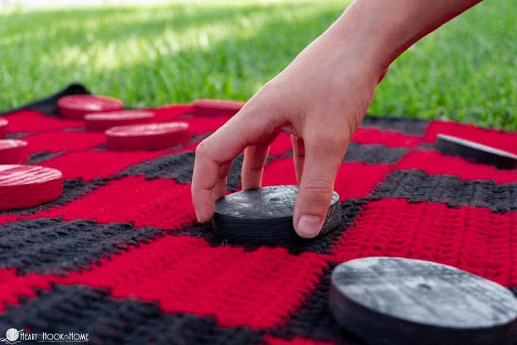 Giant Checkers Game crochet pattern
