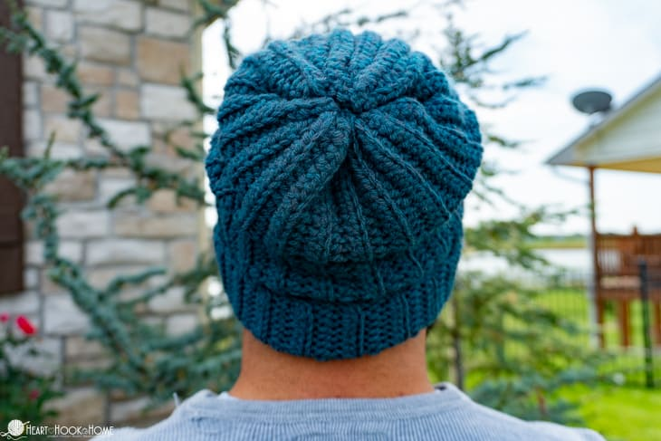 easy slouchy hat crochet pattern