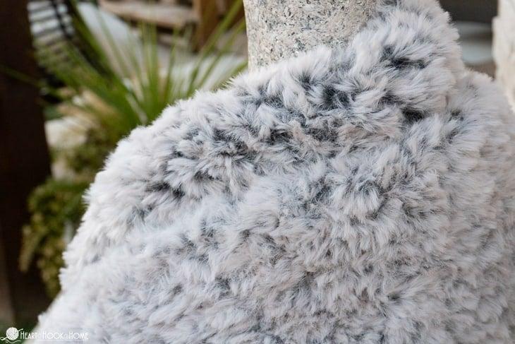 faux fur infinity scarf crochet