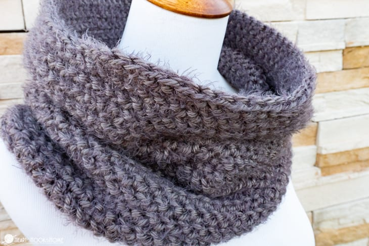 Herrinstone Cowl by Ashlea @ Heart Hook Home