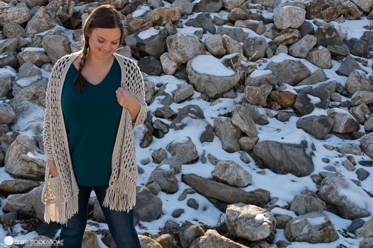 Wanderlust Shawl with Pockets crochet pattern