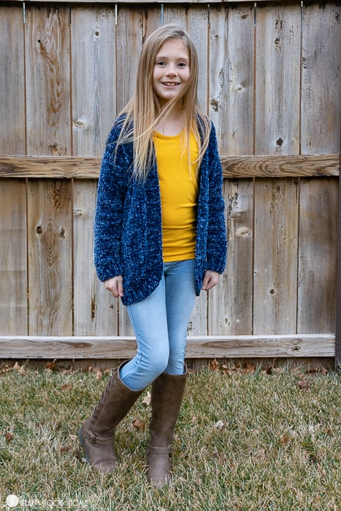 free velvet yarn cardigan pattern for children