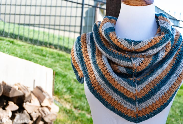 mae's triangle shawl crochet pattern