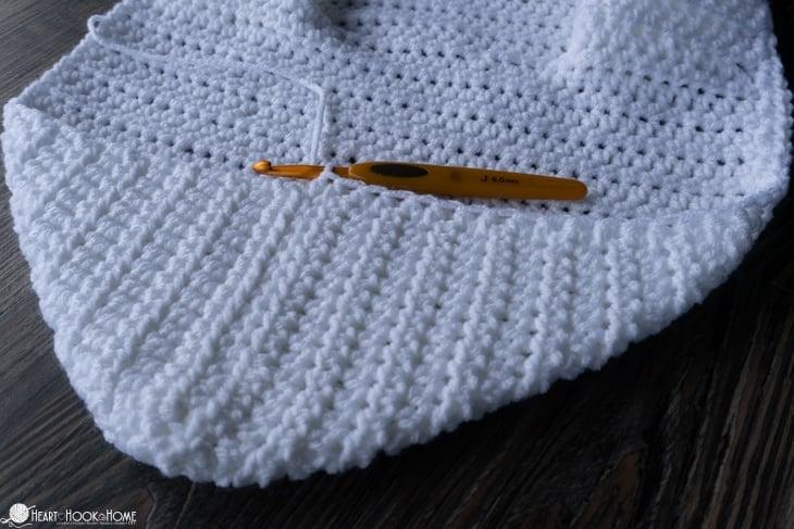 crocheting a hood