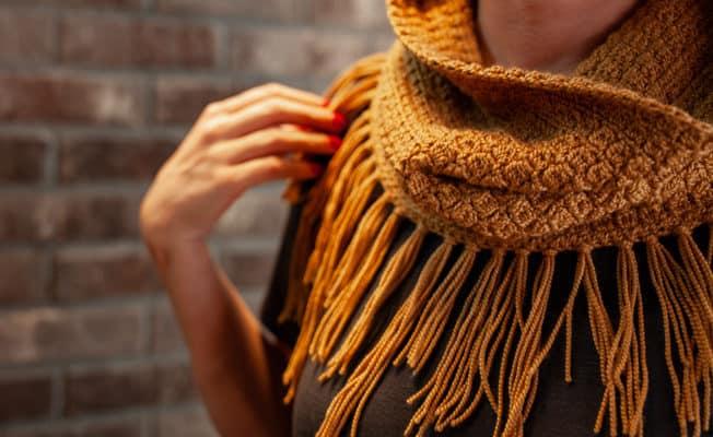 Crochet Cluster Cowl pattern