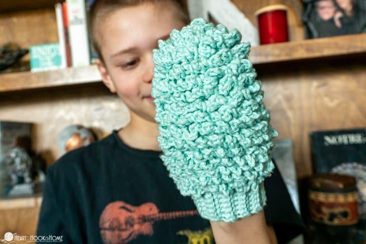 kids dusting mitt free crochet pattern