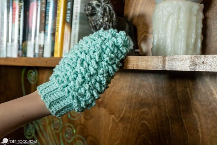 kids dusting mitt crochet