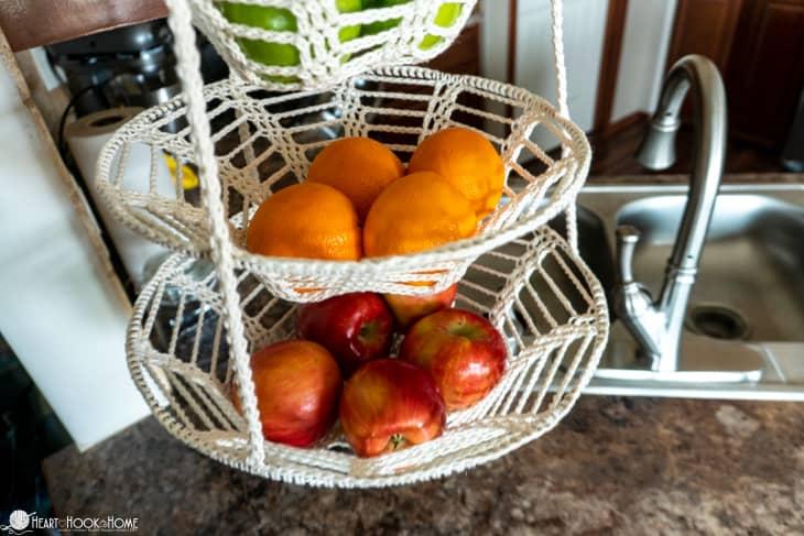 hanging fruit baskets crochet pattern
