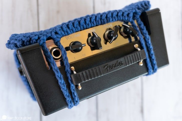 how to crochet a guitar amp holster