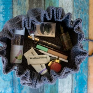 drawstring cosmetics crochet pattern